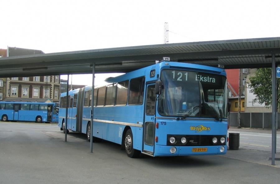 Wulff Bus 175/TD89591 på Århus Rutebilstation den 3. august 2004