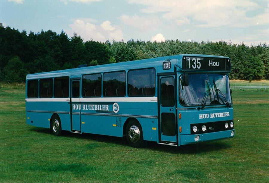 Hou Rutebiler 28/MN92696
