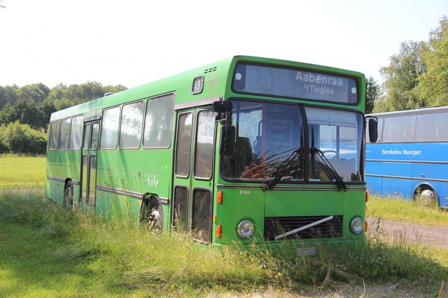 Tide Bus 8184 ved Uni-Consulting i Åst ved Billund den 11. juli 2013