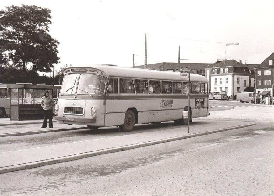 Birkerød Bus Compagni 11/BE79008 på Bellahøj i København i 1974