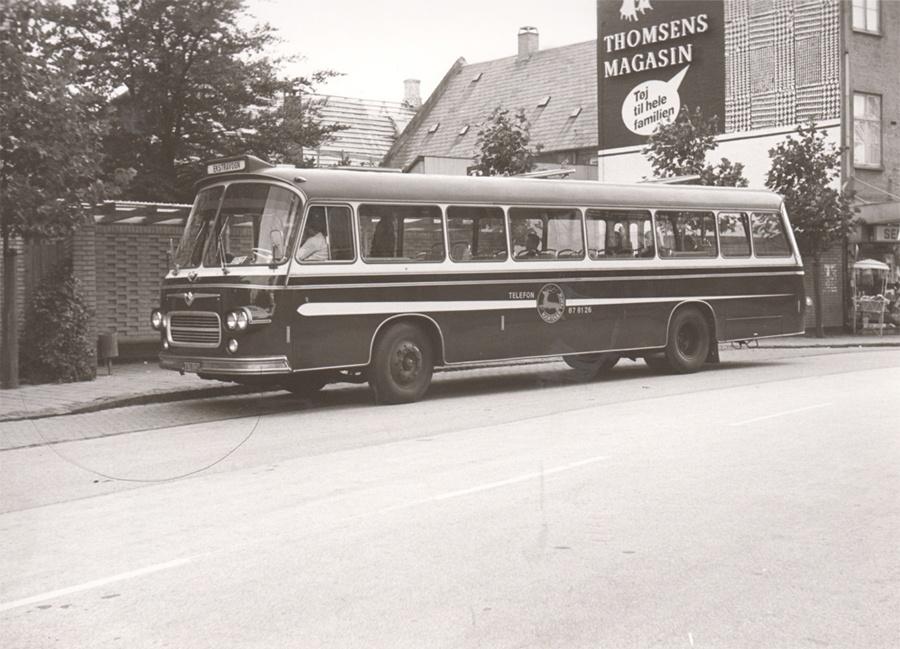 Hjortekær Trafik KA78176 på Toftebækvej i Lyngby den 4. oktober 1974