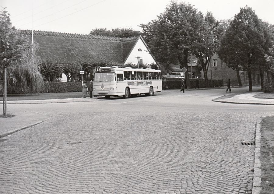 HT 2024/CL94391 på Peter Lunds Vej i Lyngby i 1974
