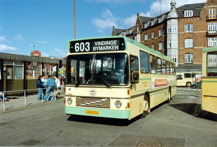 Roskilde Omnibusselskab 6/LH90524 ved Roskilde Station