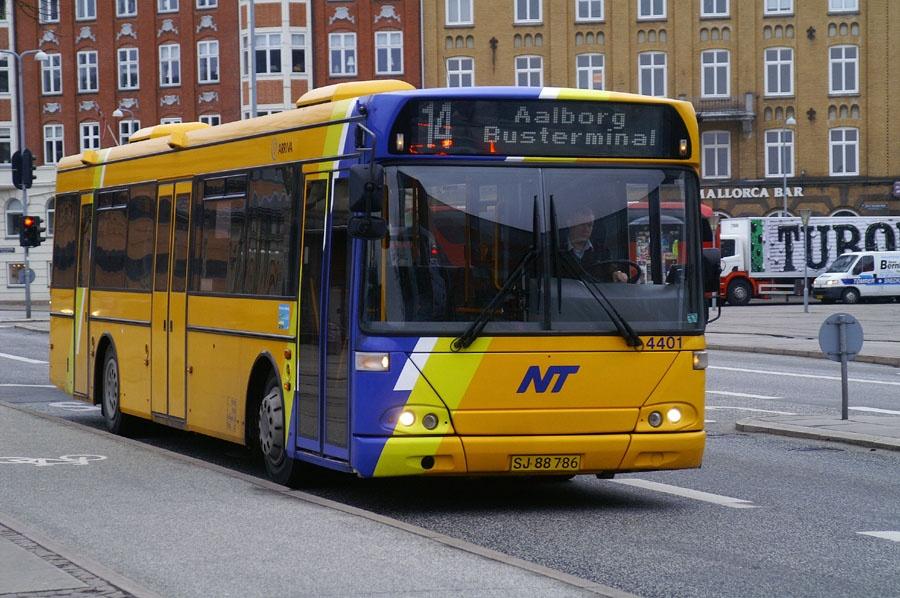 Arriva 4401/SJ88786 i Aalborg den 12. marts 2009