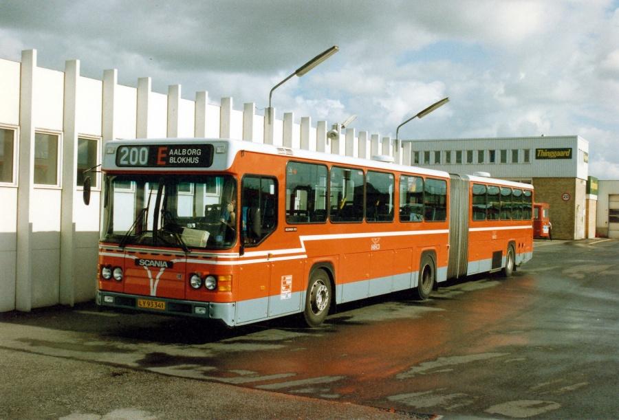 HHJ75/LY93341 på Aalborg rutebilstation