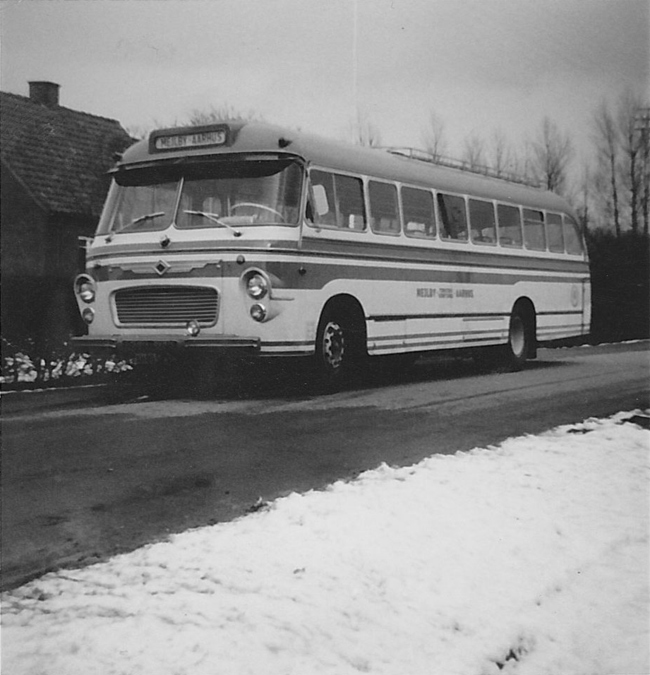 Mejlby Rute- og Turistbusser XH80523 på Kaløvej i Mejlby