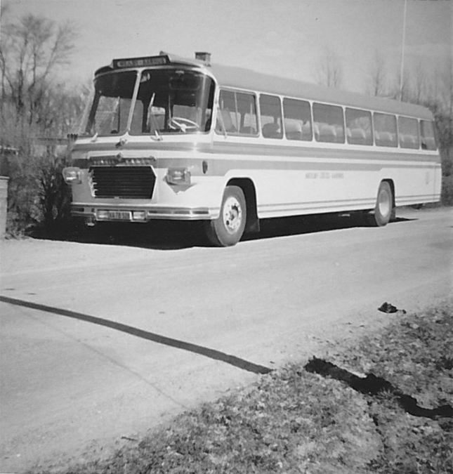 Mejlby Rute- og Turistbusser XA78528 på Kaløvej i Mejlby i 1966