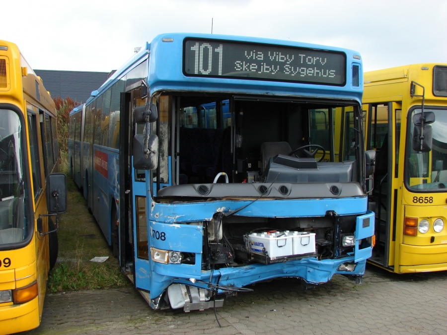 Arriva 8708 i Hedensted den 10. august 2009