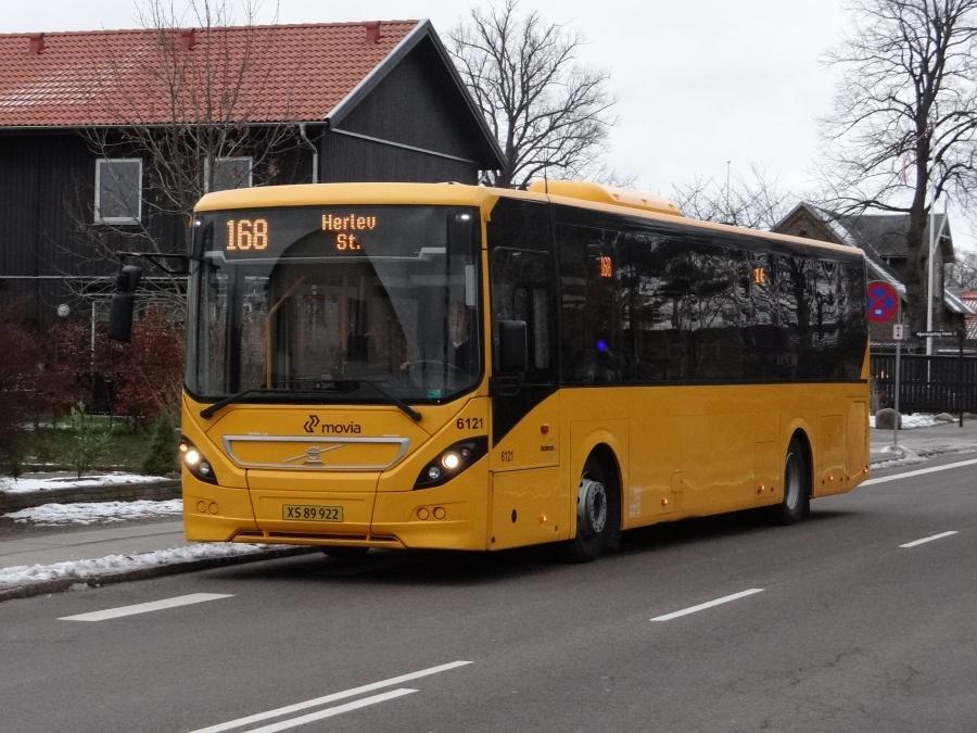 Nobina 6121/XS89922 på Gammel Klausdalsbrovej i Herlev den 23. januar 2014