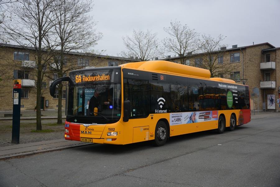 Arriva 1502/XS88138 på Emdrup Torv den 15. november 2014