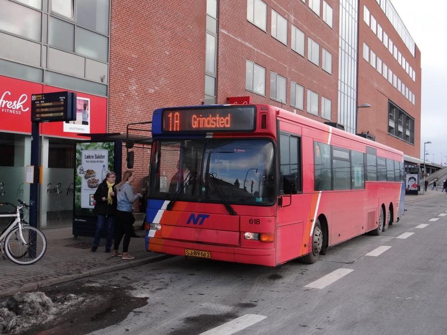 City-Trafik 618/SJ89612 ved Kennedy Arkaden i Aalborg den 12. februar 2014