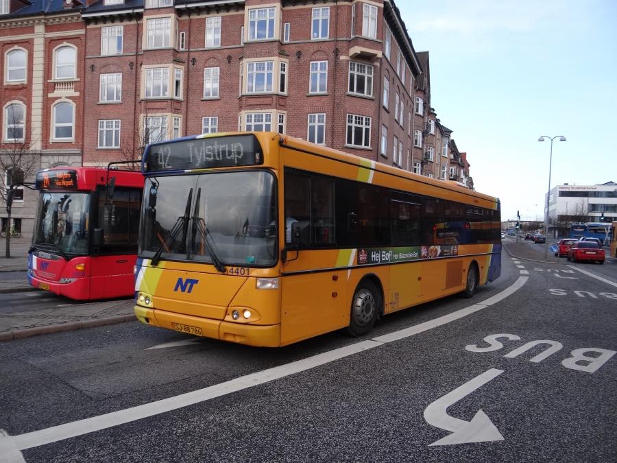 Arriva 4401/SJ88786 på John F. Kennedys Plads i Aalborg den 12. februar 2014