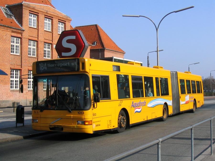 Arriva 1013/PC95892 ved Holte Station den 3. maj 2006