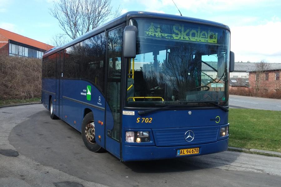 PP Busselskab AL94670 på Langdalsvej i Brabrand den 25. marts 2014