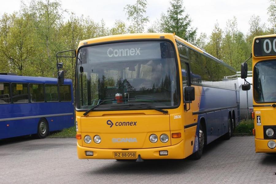 Connex 2836/RZ88058 i garagen i Horsens den 16. maj 2005