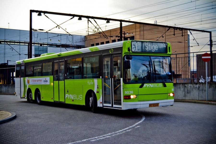 Tide Bus 8036/RZ92641 ved Odense Banegård den 20. marts 2014