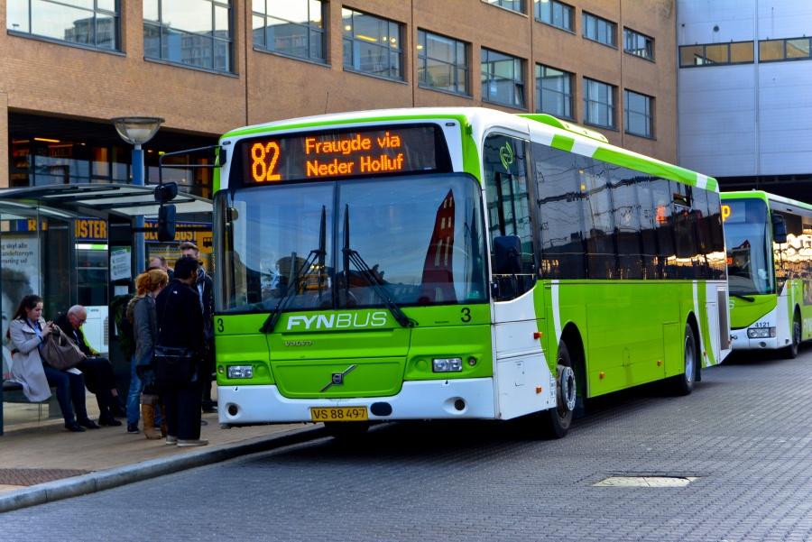 Fynbus 3/VS88497 ved Odense Banegård den 20. marts 2014