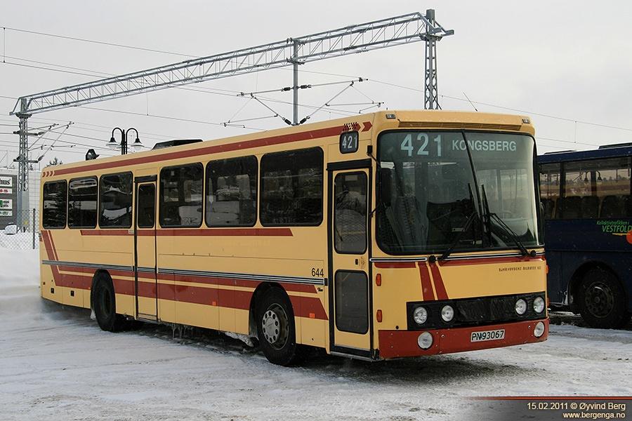 Nettbuss 25644/PN93067 i Kongsberg i Norge den 15. februar 2011