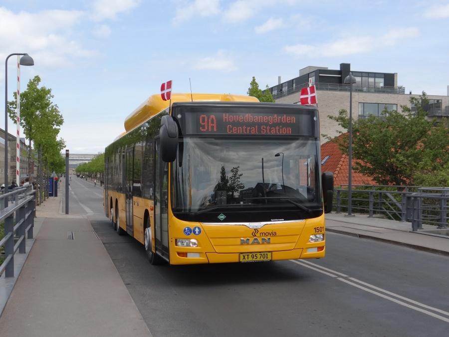 Arriva 1501/XT95701 på Danneskiold-Samsøes Allé i København den 5. maj 2014