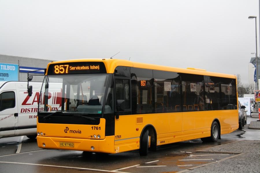 Arriva 1761/XE97902 ved Ishøj Bycenter den 13. april 2011