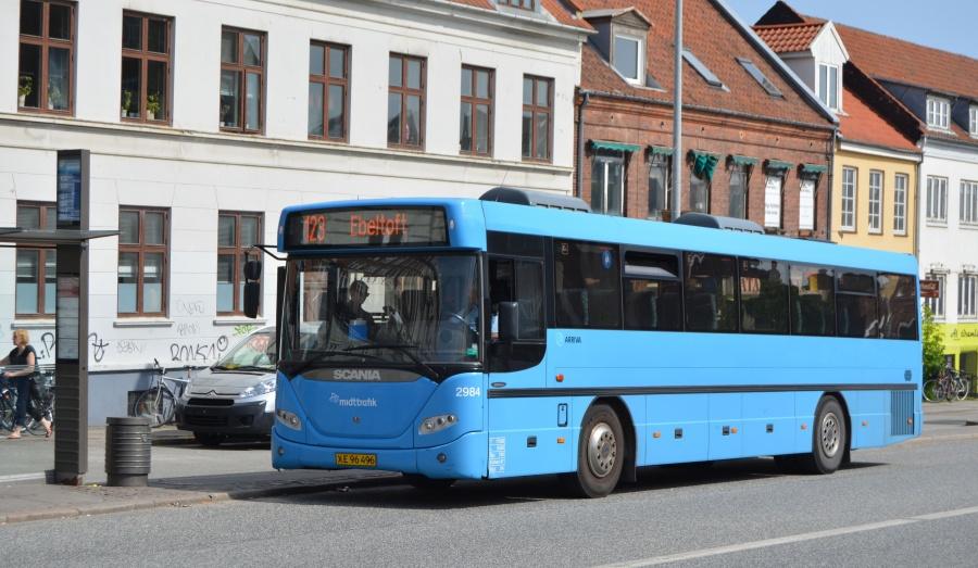 Arriva 2984/XE96496 på Nørrebrogade i Århus den 22. maj 2014