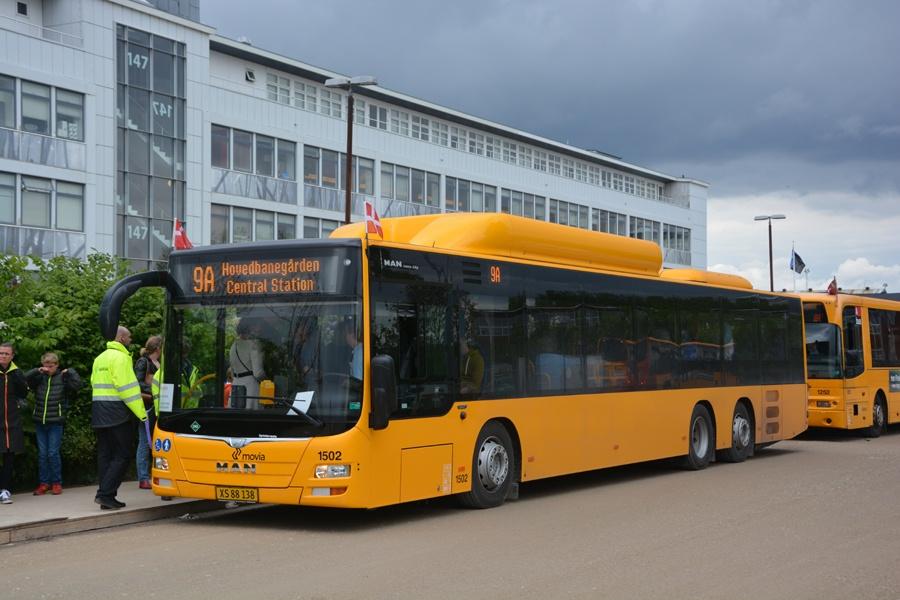 Arriva 1502/XS88138 på Refshaleøen i København den 10. maj 2014