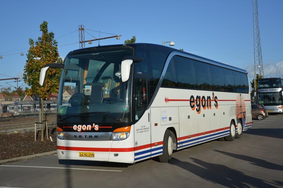 Egons Turist- og Minibusser 89/SZ92059 ved Ringsted st. den 25. oktober 2015