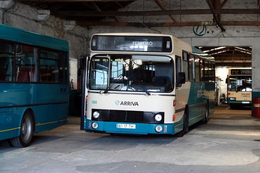 Arriva 388/81-17-TH i garagen i Parada, Portugal den 14. juni 2008