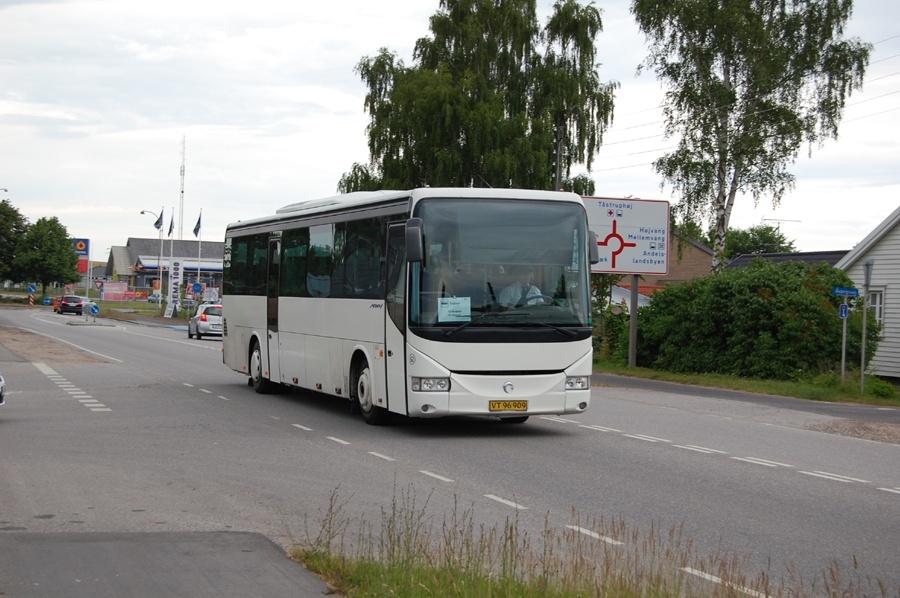 Egons Turist- og Minibusser 62/VT96909 på Roskildevej i Holbæk den 8. juni 2014