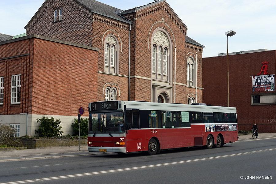 Tide Bus 37/RZ92640 på Albanigade i Odense den 22. marts 2014