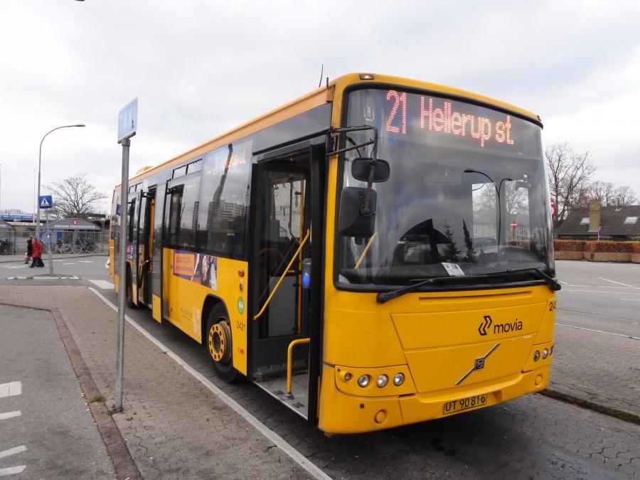Keolis 2421/UT90816 ved Rødovre station den 1. december 2014