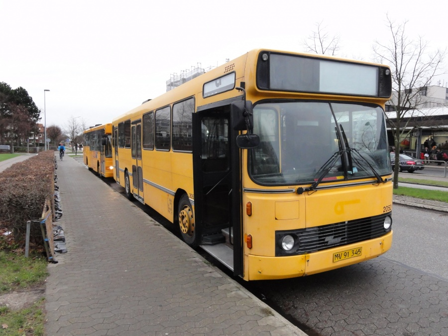 Keolis 2052/MV91345 ved Rødovre Centrum den 23. december 2014