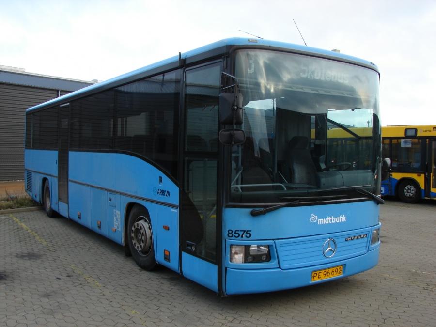 Arriva 8575 i Hedensted den 29. december 2008