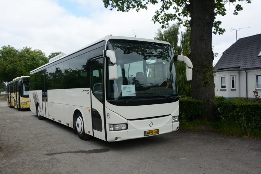 Egons Turist- og Minibusser 63/AW91263 i Hvalsø den 31. maj 2014
