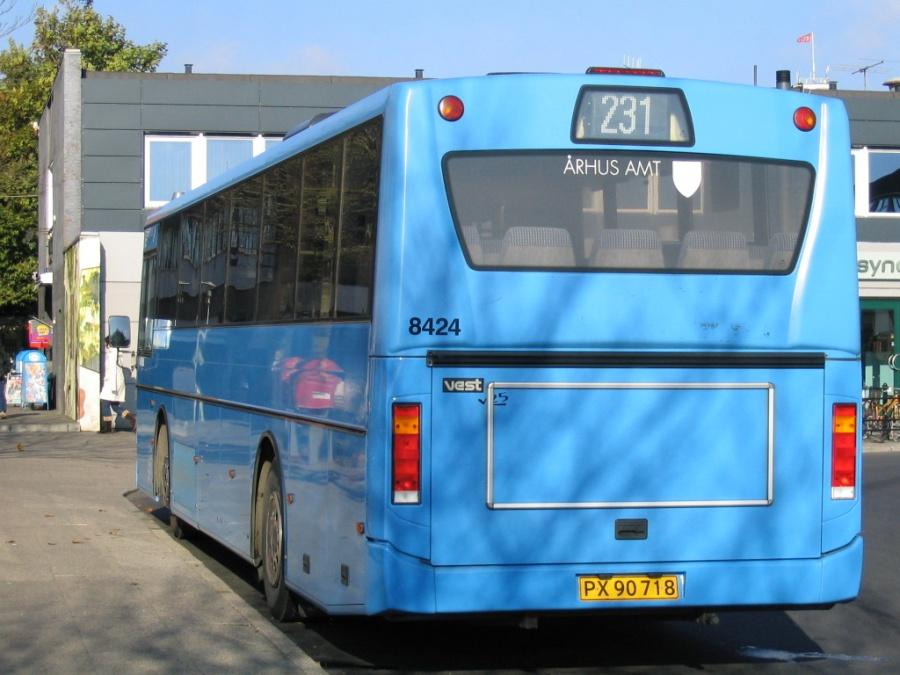 Wulff Bus 8424/PX90718 på Randers Busterminal den 19. oktober 2005