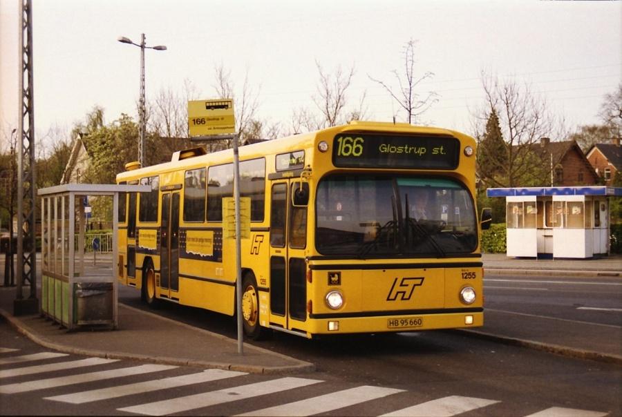 HT 1255/HB95660 ved Hellerup St. i maj 1992