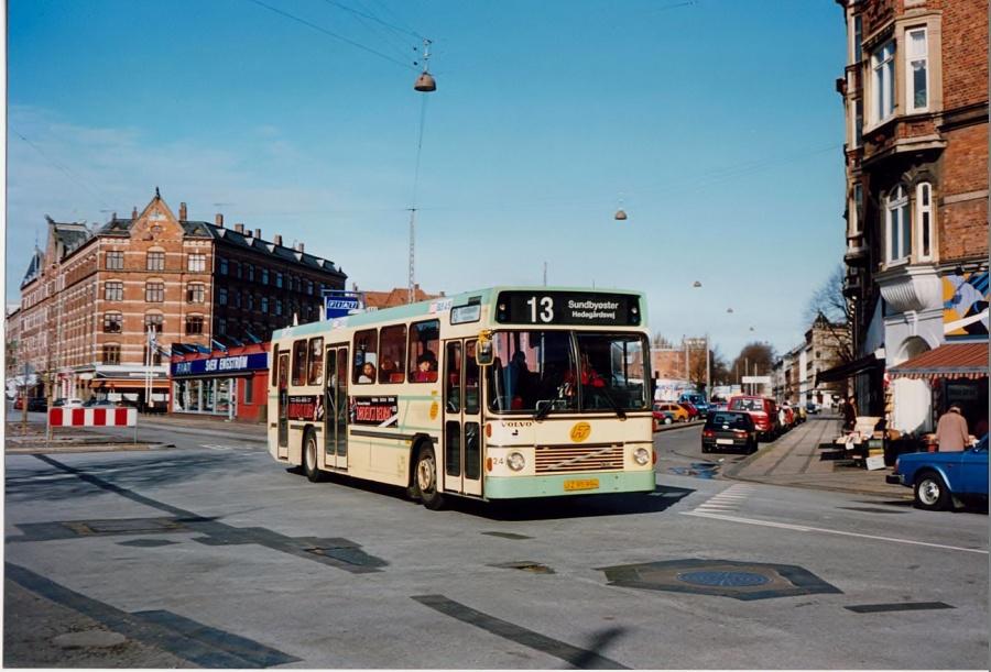 DSV Bus 24/JZ95994 i Rantzausgade i København i februar 1992