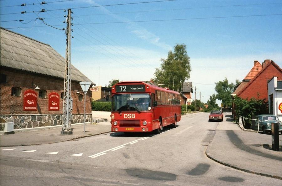 DSB 915/HZ95170 ved Glumsø Kro i juli 1989