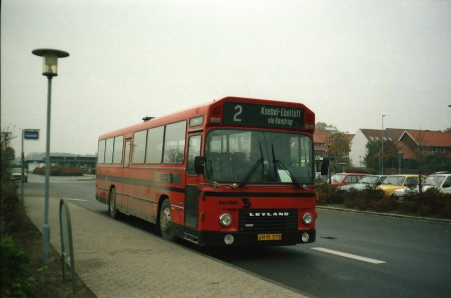 Sechers Rutebiler 12/JH91579 i Ebeltoft i oktober 1988