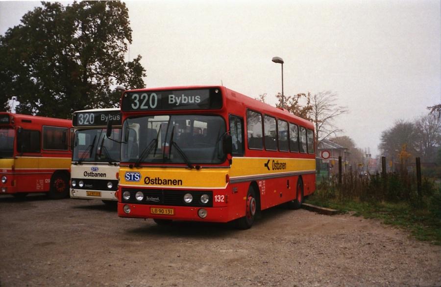 Østbanen 132/LB90131 i Hårlev i oktober 1988