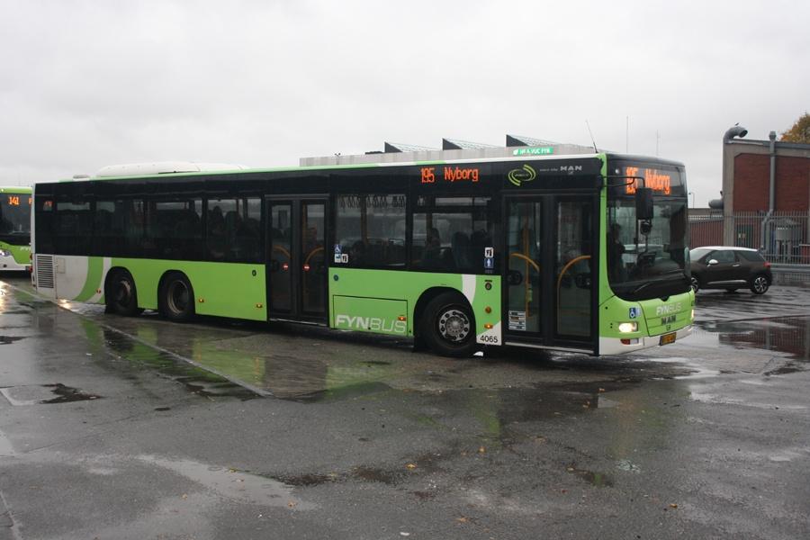 Tide Bus 4065/BF92406 ved Odense Banegård Center den 21. oktober 2016