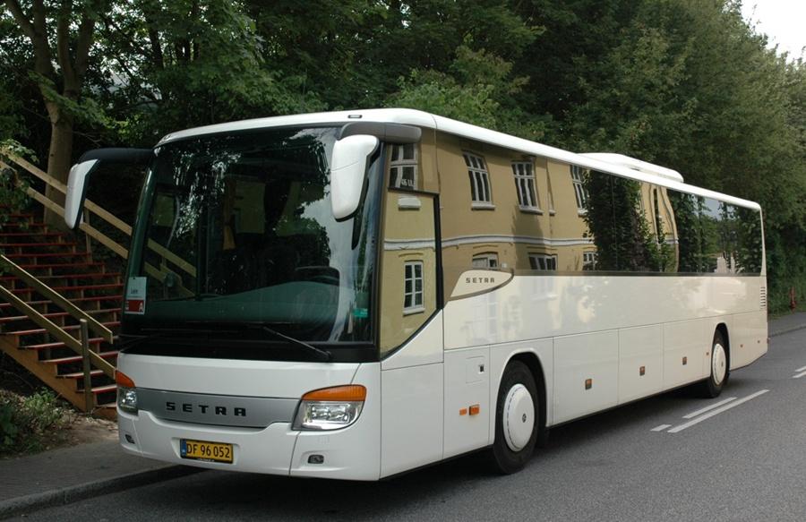 Egons Turist- og Minibusser DF96052 i Lejre den 4. august 2012