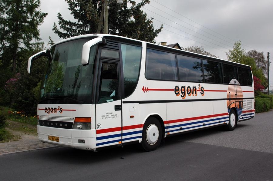 Egons Turist- og Minibusser 84/SC91396 ved Lejre st. den 23. maj 2010