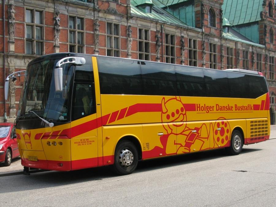 Holger Danske Bustrafik 105/UE97494 ved Christiansborg i København den 11. juli 2010