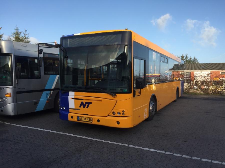 Hjørring Citybus 85/AX34438 i garagen i Frederikshavn den 12. november 2015