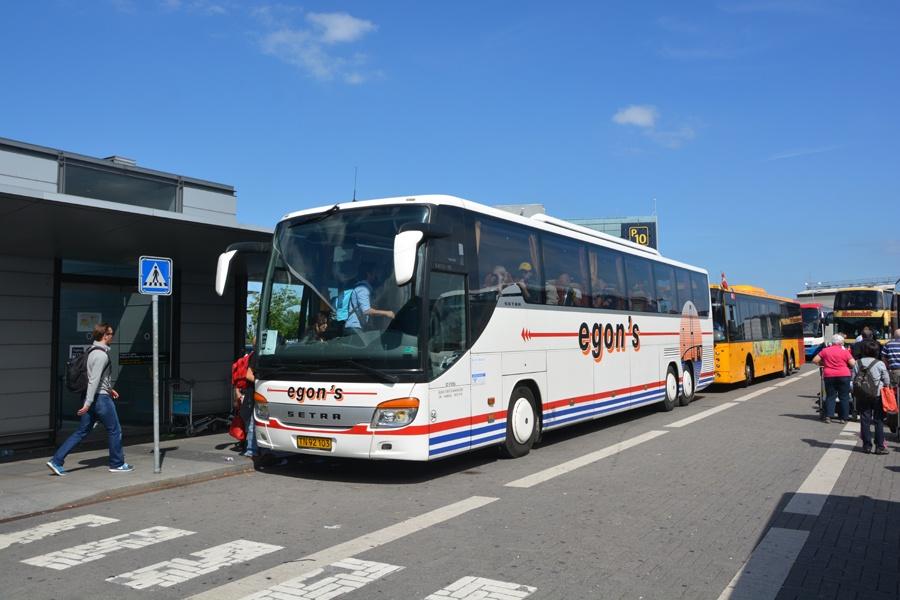 Egons Turist- og Minibusser 94/TN92103 i Københavns Lufthavn den 7. juni 2014