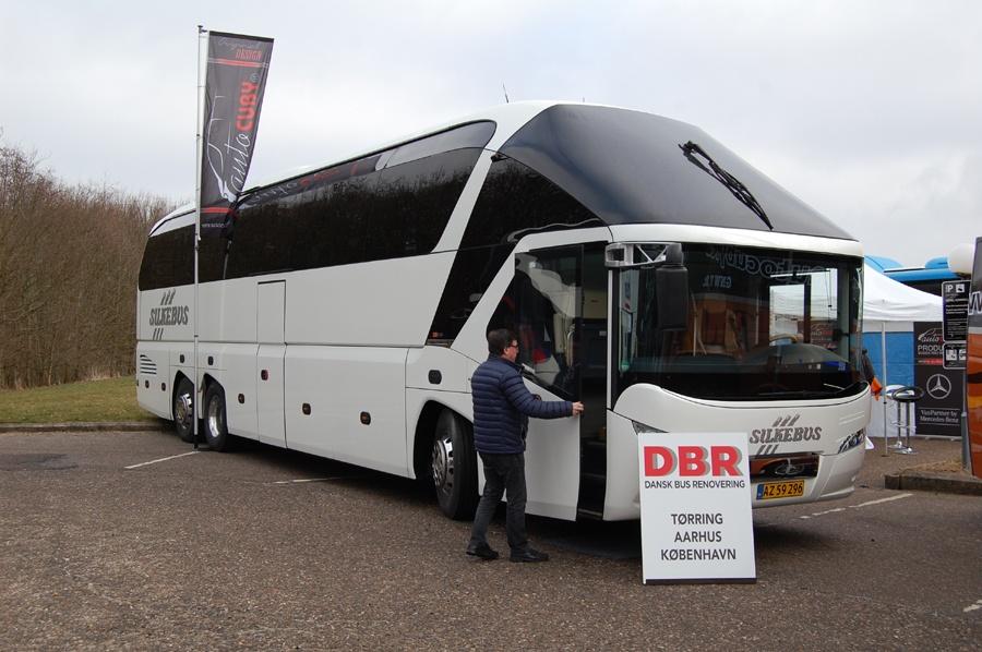 Silkebus 44/AZ59296 ved Danske Busvognmænds årsmøde på Comwell Hotel i Kolding den 19. marts 2016