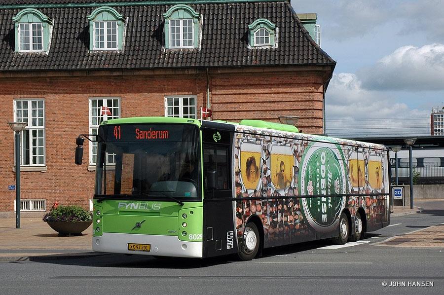 Tide Bus 8029/XK91201 på Østre Stationsvej i Odense den 15. juni 2011