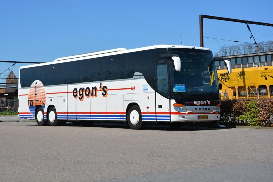 Egons Turist- og Minibusser 8/BF97448 ved Roskilde Station den 5. maj 2016