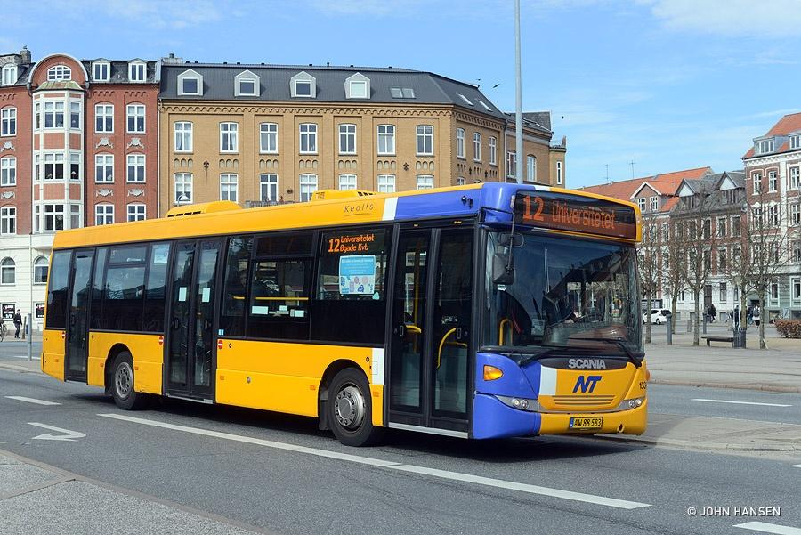 Keolis 153/AW88583 på John F. Kennedys Plads i Aalborg den 12. april 2016